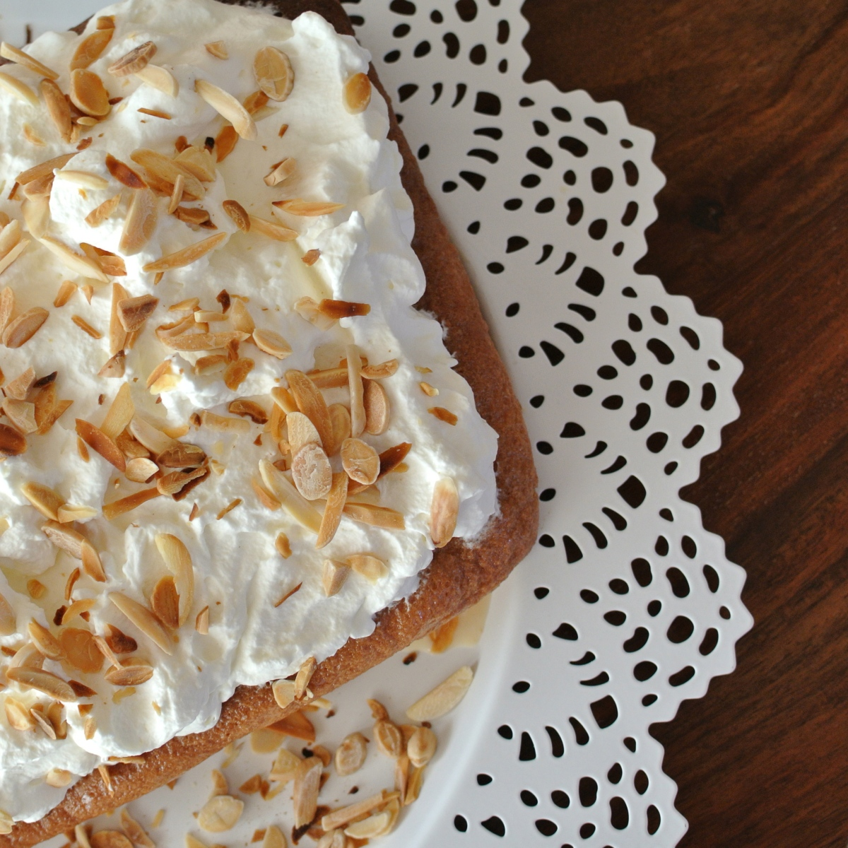 Třímlékový dort (Tres leches)