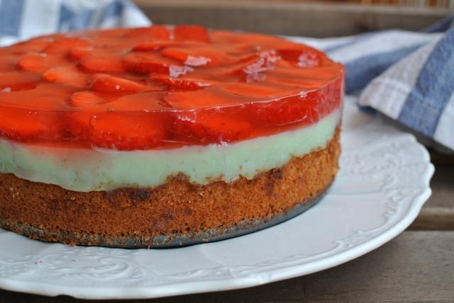 Jednoduchý jahodový dort s želatinou