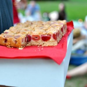 Třešňový koláč od Sweet little something.