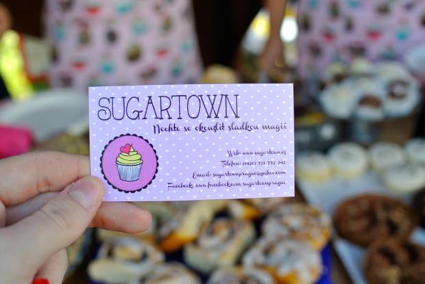 Holky ze SugarTownu měly všechno nádherně napečené. Škoda, že u jsem byla tak nacpaná a neochutnala.