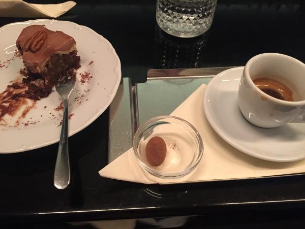 V Melounovém cukru. Bohužel jsem si to nestihla vyfotit před ochutnáním. Výborný brownie cheesecake.
