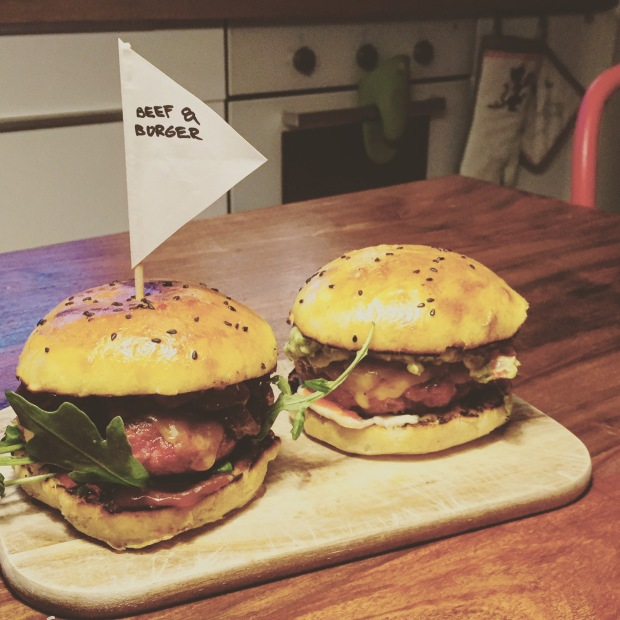 Takhle jsme testovali burgery.... První nápady.