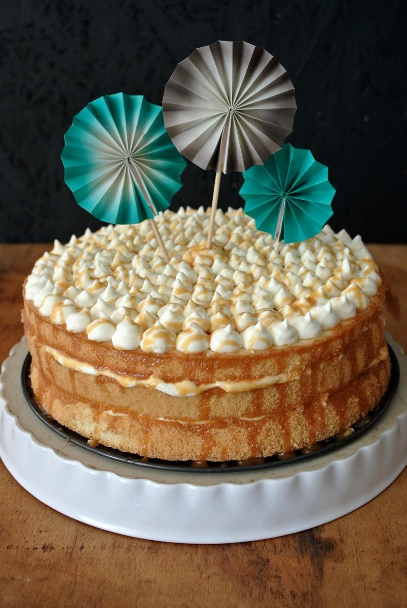 Šlehačkový dort s karamelem