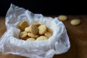 Slané máslové sušenky s parmazánem
